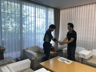 岡山県知事.jpg